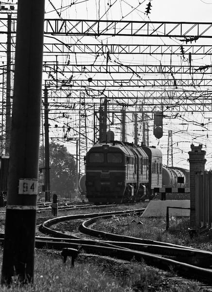 2M62 approaching Lviv Podzamcze station