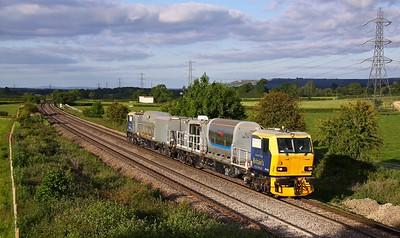 DB98908+DB98958 BERKLEY 6Z05 18.45 Salisbury-Eastleigh weedkiller