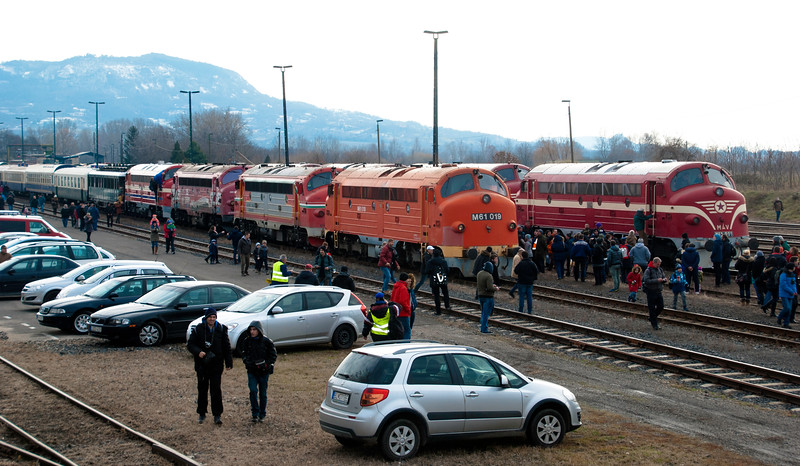Nohab mania at Tapolca. A working railway station but people all over the tracks as they frequently were from Budapest along the route of the tour