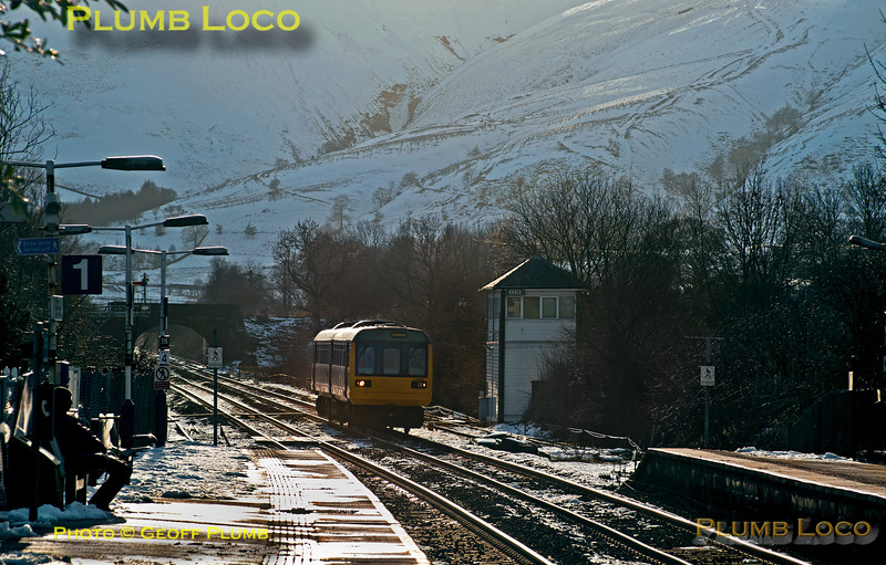 142 035, Edale, 2S42, 5th March 2016