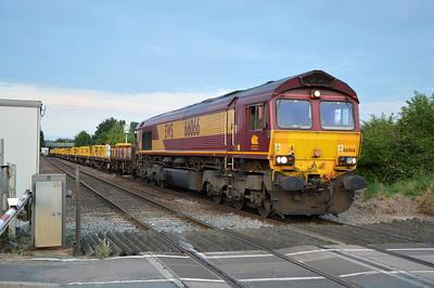 66066 tnt 66177 2041/6G05 Whitemoor-Werrington passing Norwood Road Crossing.