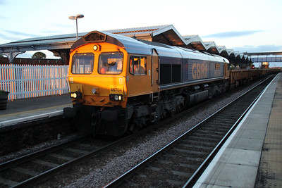 66704 2056/6T11 London Fields-Whitemoor arrives at March as the sun sets 90 mins late 09/06/12.