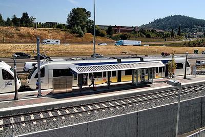 Town Center Station Platform     Sigma 18-50mm f/2.8 EX DC
