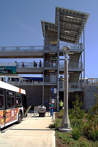 Clackamas Town Center MAX Station     Sigma 18-50mm f/2.8 EX DC