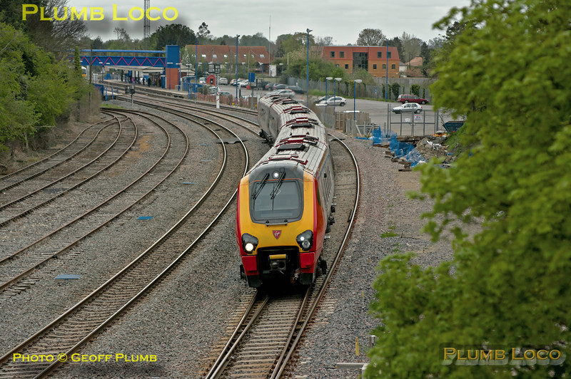 Due to engineering works on the WCML, Virgin West Coast services were diverted via the Chiltern line on Sunday 6th May 2012 - another day of miserable weather. 5 coach Voyager No. 221 106 is working 1Z06 from Crewe to Euston through Princes Risborough on the fast line at 11:00. Digital Image No. GMPI11613.