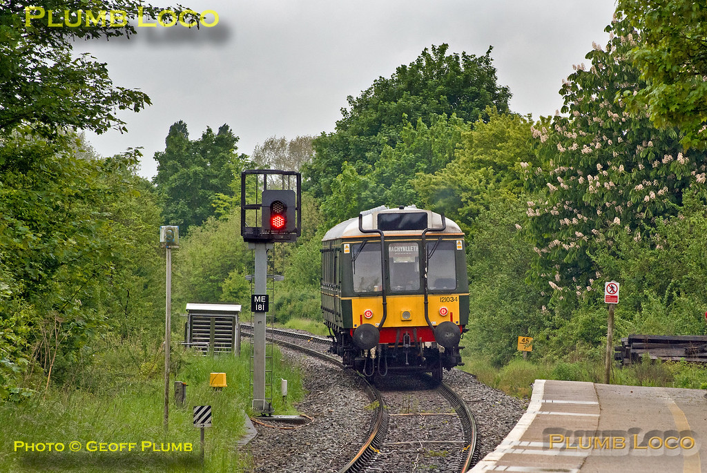 121 034, Little Kimble, 2A15, 19th May 2017