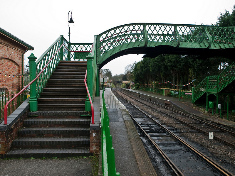 Alresford Station. Copyright 2009 Peter Drury<br /> Looking up platform1 towards Ropley.