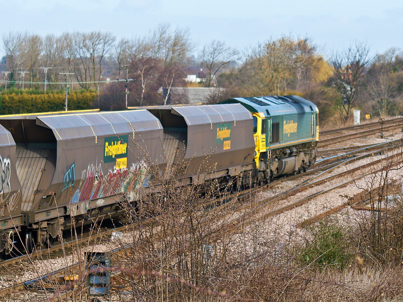 Freightliner Class 66 on coal empties. Copyright Peter Drury 2010<br /> 66 546 arrives at the junction from the Sheffield line. It will be routed across the crossovers to reach the York bound line.