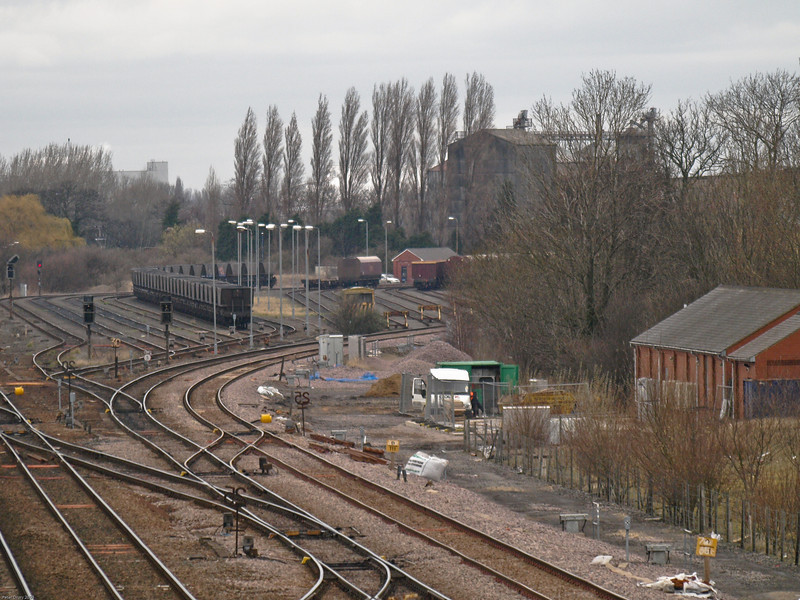 Sidings and Loops between Selby and York Lines.<br /> There are six arrival/departure loop lines.and several single ended sidings. The Selby lines sweep off to the right.
