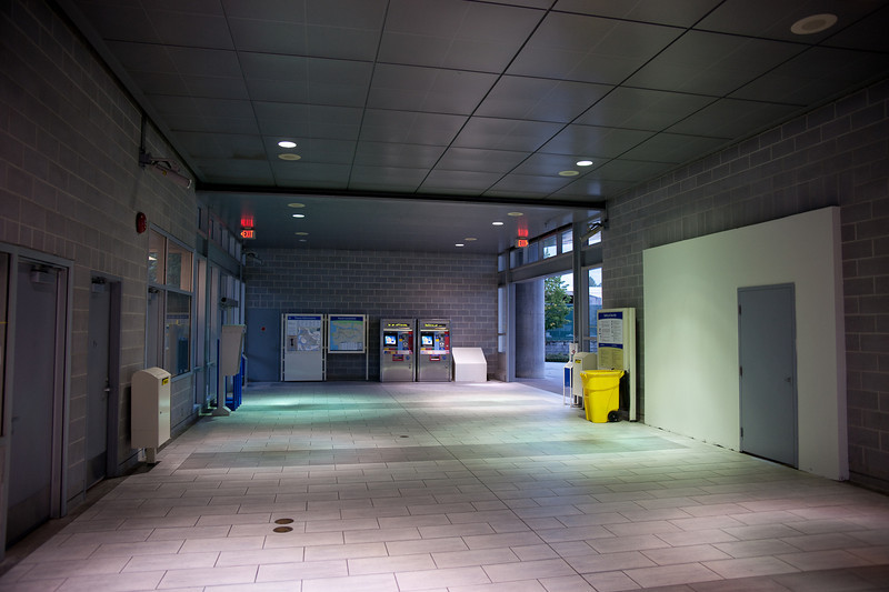 The rest of the concourse level at Sperling - Burnaby Lake Station is as barren as the day it opened.  Nobody has rented the retail space at right.