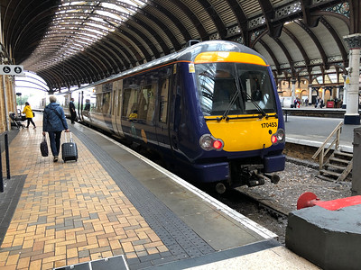 Northern Class 170 (170 453) at York