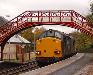37608 heading 3S77 through Wetheral Station on 22nd October 2012.