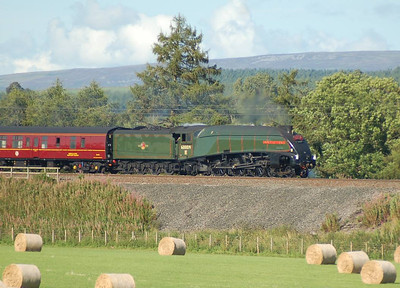 As Union of South Africa was working the steam railtour we decided to film it heading southbound on the West Coast Mainline. 60009 is seen here at Plumpton, just north of Penrith.