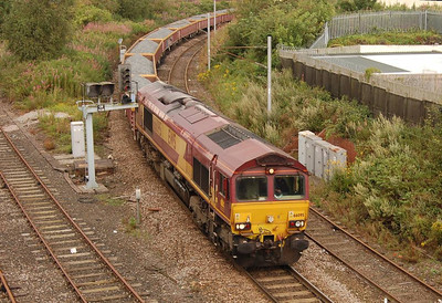66095 heading down from Carlisle Station towards London Road Junction with an engineering train on 18th August 2012