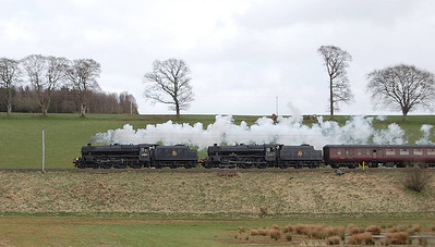 Another shot of 44871 and 45407 heading north from Lockerbie with the 1Z60 on 23rd April 2013.
