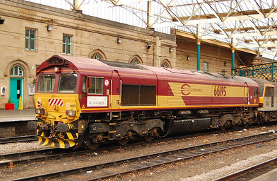 Another view of 66195 at Carlisle on 24th April 2013.