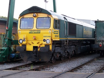 66548 seen at Criclewood Refuse Sidings     19/05/10