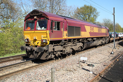 66043 1527/6x44 Dagenham-Didcot passing Gospel Oak 03/05/13.