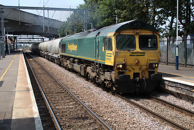 66606 1329/6L45 Earles-West Thurrock passes Dagenham Dock Station 22/07/13.