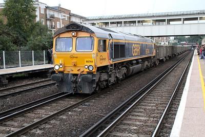 66744 1750/6v95 Northfleet-Paddington Crossrail passes Kensington Olympia 01/10/13.