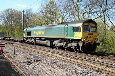 66558 1543/4L57 Daventry-Tilbury passing Gospel Oak 03/05/13.
