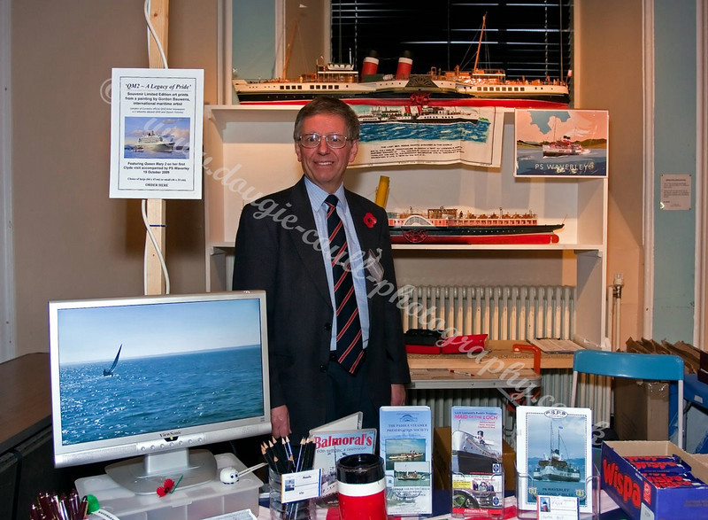 Derek mans the Waverley & Balmoral Stand