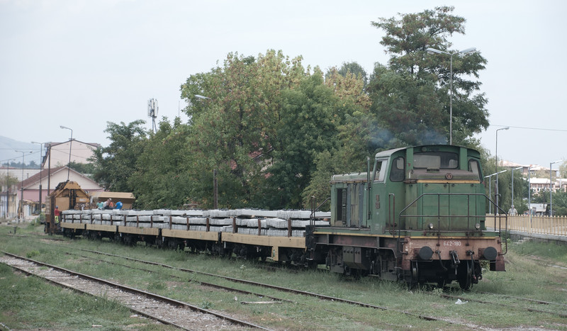 The loco marshaling the daily track laying train is a Yugoslavian class 642 locomotives which were a version of SNCF class BB63000 built under licence from the French firm of Brissoneau et Lotz by Đuro Đaković in Slavonski Brod initially in the early 1960s. 642 180 is a survivor of the original fleet of 102.