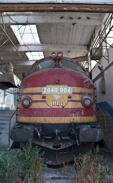 Post-war Kosovo kept going using cast off traction from donor countries a lot of which is now unserviceable and lying around the depot including these Nohabs from Norway.