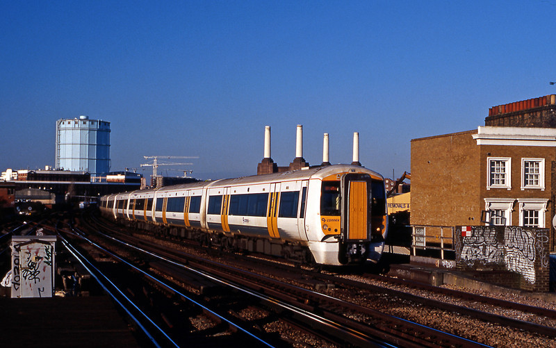 The new order cometh, in early December a pair of new class 375s on a Ramsgate & Dover Priory semi fast (former headcode 50). At this time the 375s still carried Connex logos and sported Tightlock couplers (since replaced by Dellners)