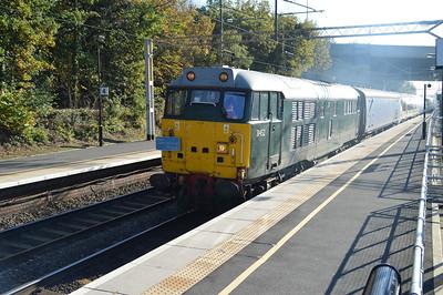 31452 hauling 375616 1240/5Q57 Acton Lane-Derby past Kings Langley  01/11/15.