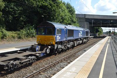 66434 1432/4L48 Daventry-Purfleet passes Kings Langley   29/08/16.
