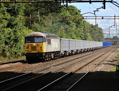 56103 Approaching Kings Langley 1558/4Z35 Wembley to Humberstone Road conveying 35 new JNAs   13/06/20