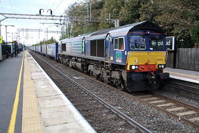 66305 1458/4L48 Daventry-Tilbury passes Hemel Hempstead 30/11/13.