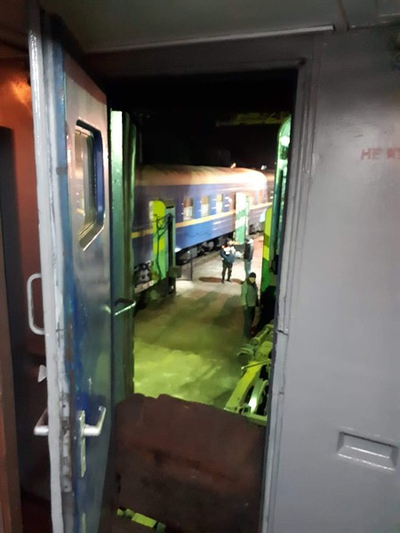 Picture through the end of our carriage which is now jacked up in the air