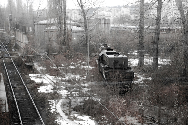 A steam loco marooned in the sprawling and decaying morass of Iasi's depot and carriage sidings.