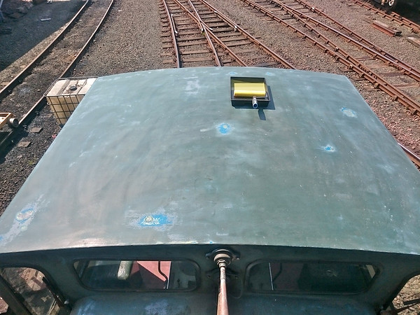 The cab roof has been sanded ready for the repaint.<br /> 4th June 2016.<br /> Photo by : L Dawson.