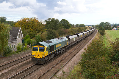 66951 passes Melton Ross with 6R14 13.45 Immingham to Drax Power Station. Wednesday 26th September 2012.