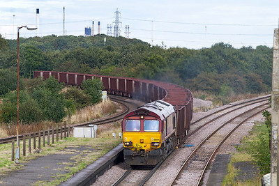 66054 comes off the Immingham line at Brocklesby Junction with 6T26 14.45 Immingham to Santon loaded Iron Ore. Wednesday 26th September 2012.