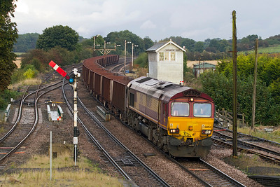 66054 passes Barnetby East signalbox with 6T27 16.57 Immingham to Santon loaded Iron Ore. Thursday 27th September 2012.