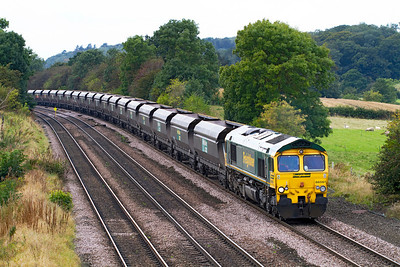66561 approaches Melton Ross with 4R14 09.15 Ferrybridge Power Station to Immingham. Friday 28th September 2012.