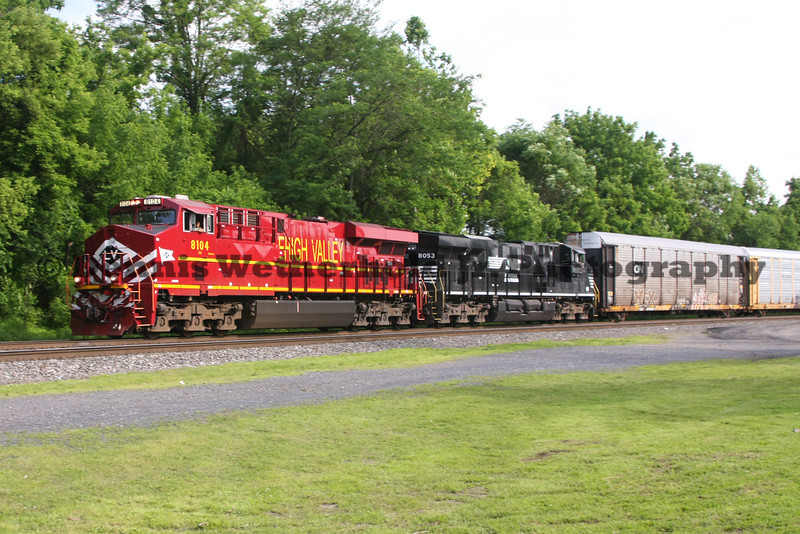 NS 18N with the Lehigh Valley Heritage Unit passes MP 34 on the Reading Line in Alllentown, PA