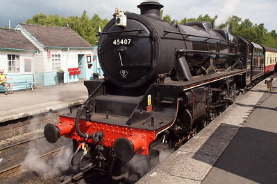 45407 waits for departure time from Grosmont.