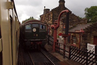 D5061 at Goathland.