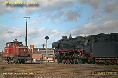 DB No. 012 052-7 & 260 602-8, Rheine, 13th February 1971