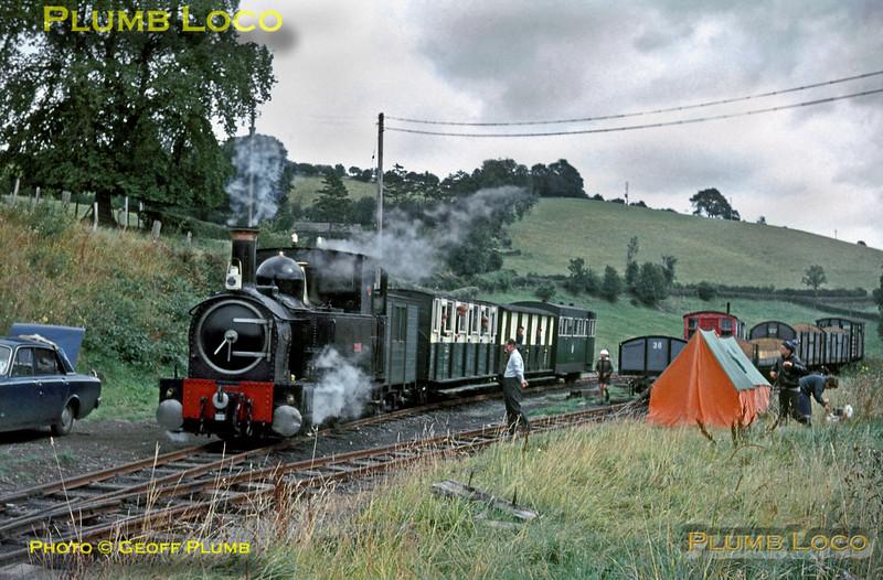 "W&LLR ""The Earl"", Heniarth Gate, 5th September 1965"