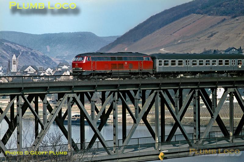 DB 216 175-0, Bullay Viaduct, 5th April 1971