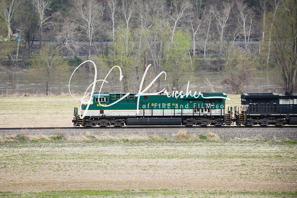 Norfolk Southern - 11Z w/ Southern Heritage Unit 8099 - 04/18/2019