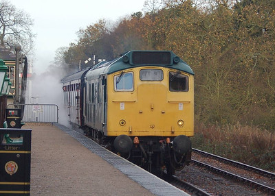 25057 arriving at Holt with the 1000 departure from Sheringham.