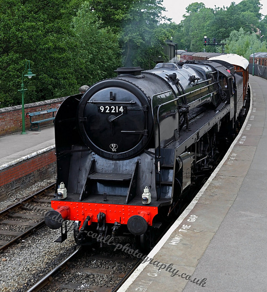 92214 arrives at Pickering Station
