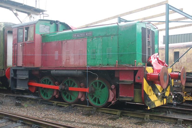 RH 319294 Sir Alfred Wood - Northampton & Lamport Railway - 8 April 2018